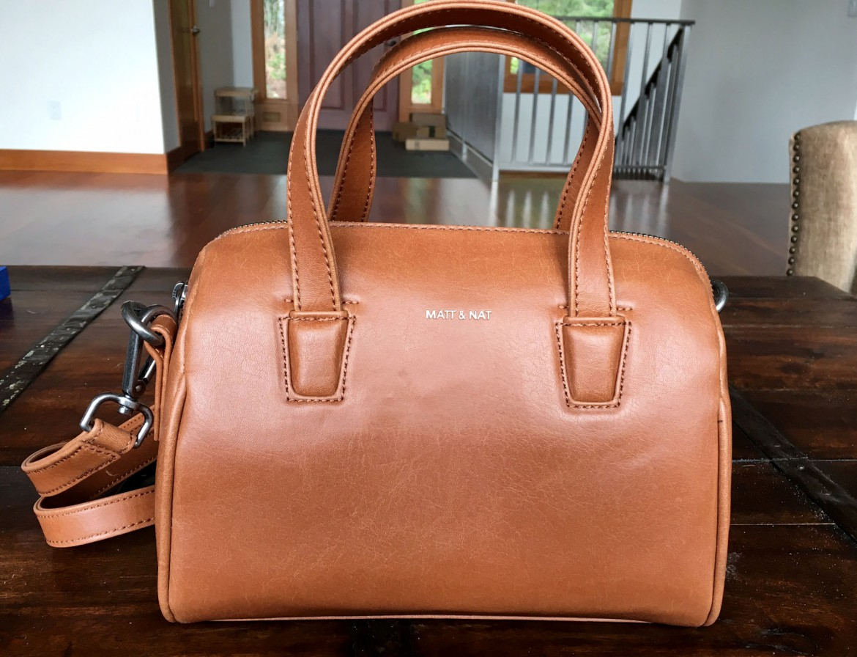 Reviewing The Sustainable Matt & Nat Mitsuko Mini Vintage Handbag