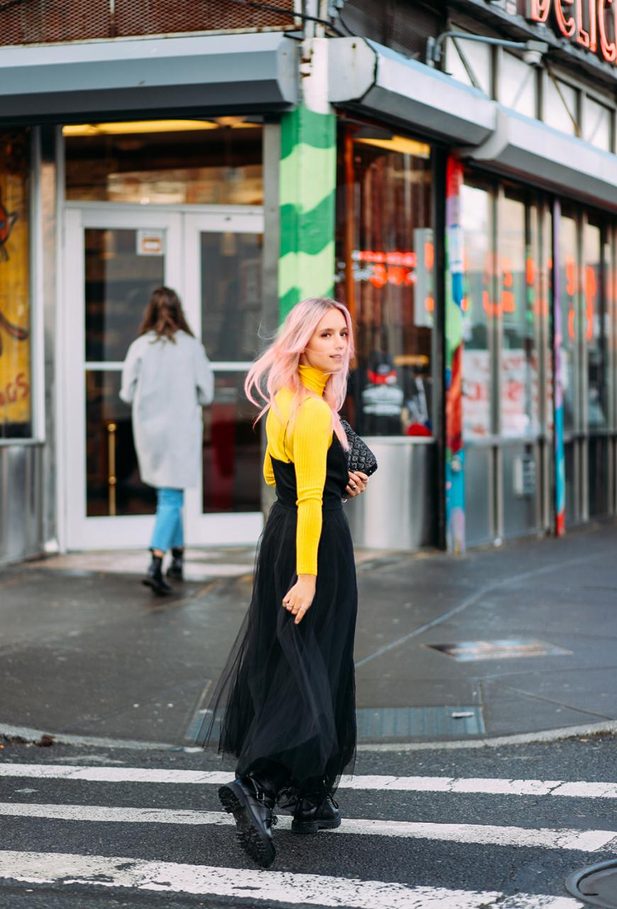 Valentino tulle dress Charlotte Groeneveld Thefashionguitar Bergdorfs