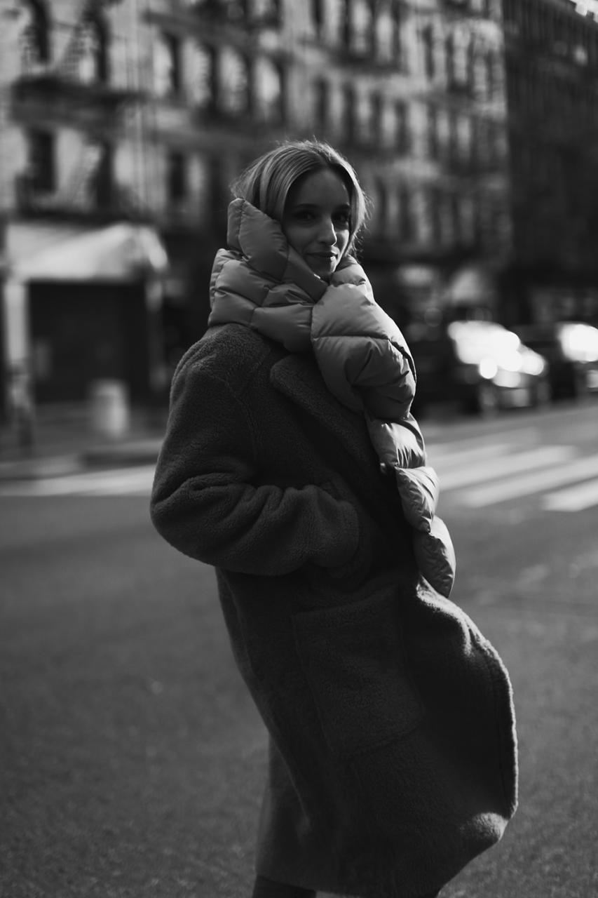 Charlotte Groeneveld Thefashionguitar Balenciaga puffer scarf