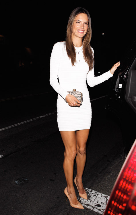 Alessandra Ambrosio carries an Alexander McQueen Union Jack Skull Clutch to her birthday party in LA (2)