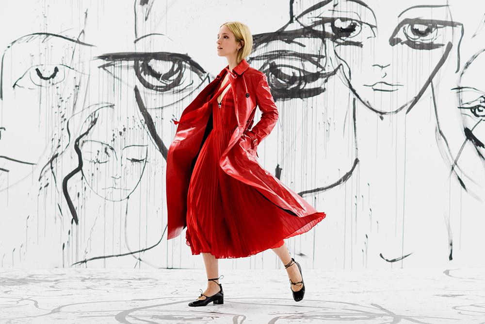 Charlotte Groeneveld in Dior Spring-Summer 2018 for Elle.com