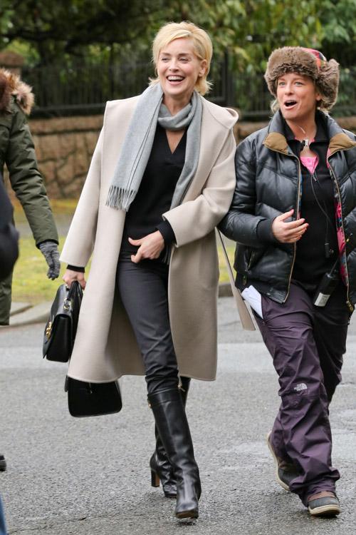 Sharon Stone Alexander McQueen Heroine Zip Tote-3