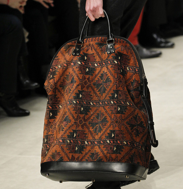 Burberry Fall 2014 Runway Bags 10