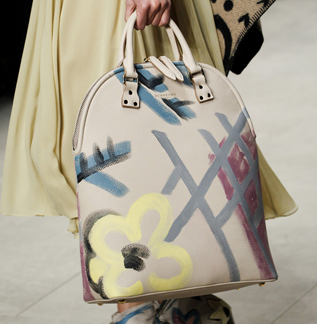 Burberry Fall 2014 Runway Bags 20
