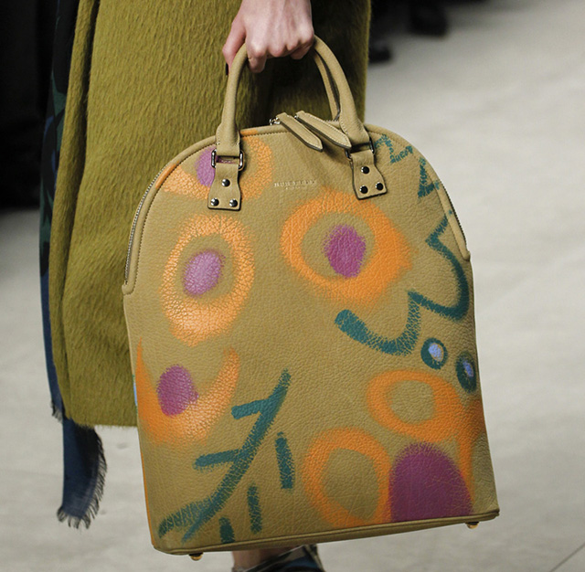 Burberry Fall 2014 Runway Bags 23