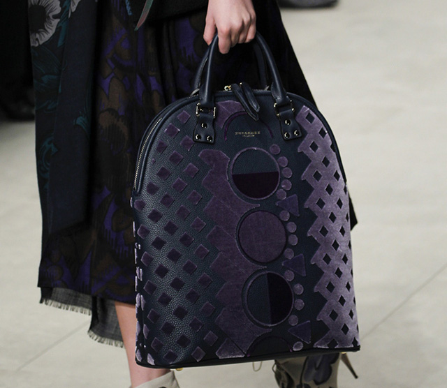 Burberry Fall 2014 Runway Bags 27