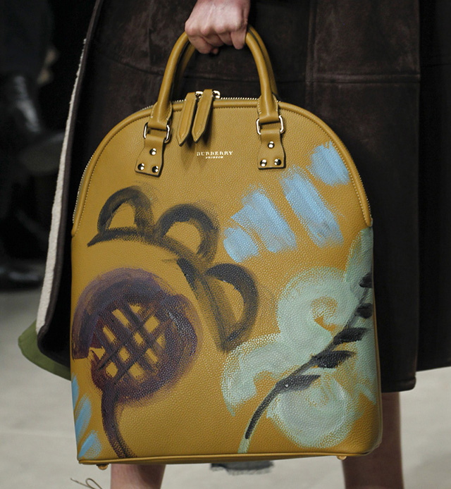 Burberry Fall 2014 Runway Bags 30