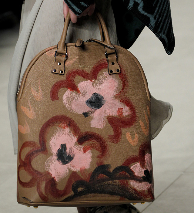 Burberry Fall 2014 Runway Bags 31