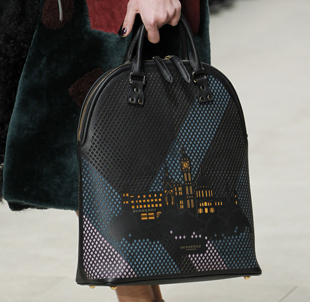 Burberry Fall 2014 Runway Bags 38