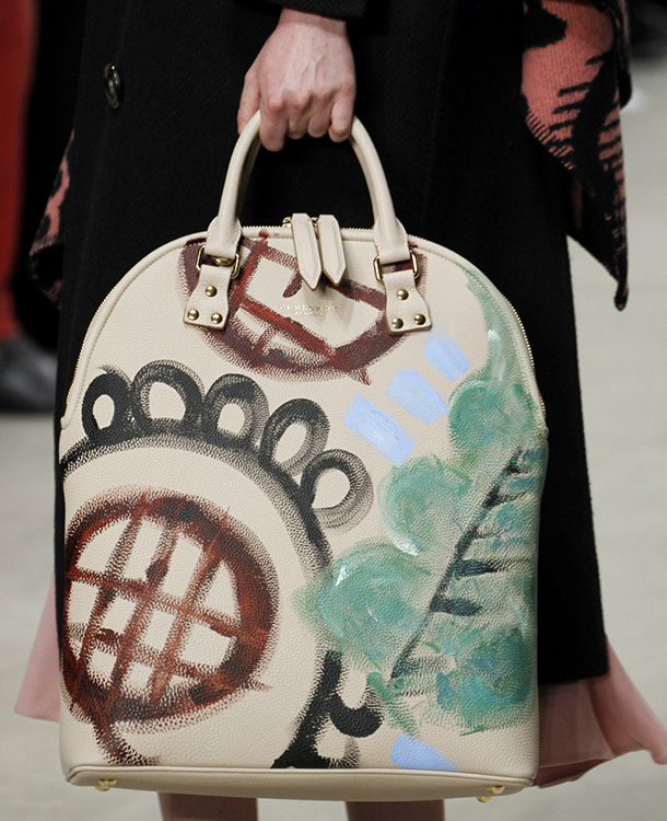 Burberry Fall 2014 Runway Bags 6