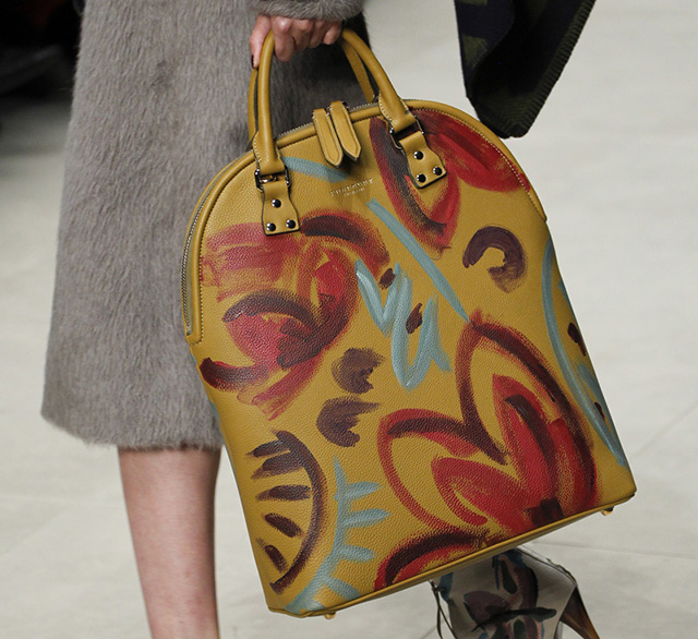 Burberry Fall 2014 Runway Bags 9