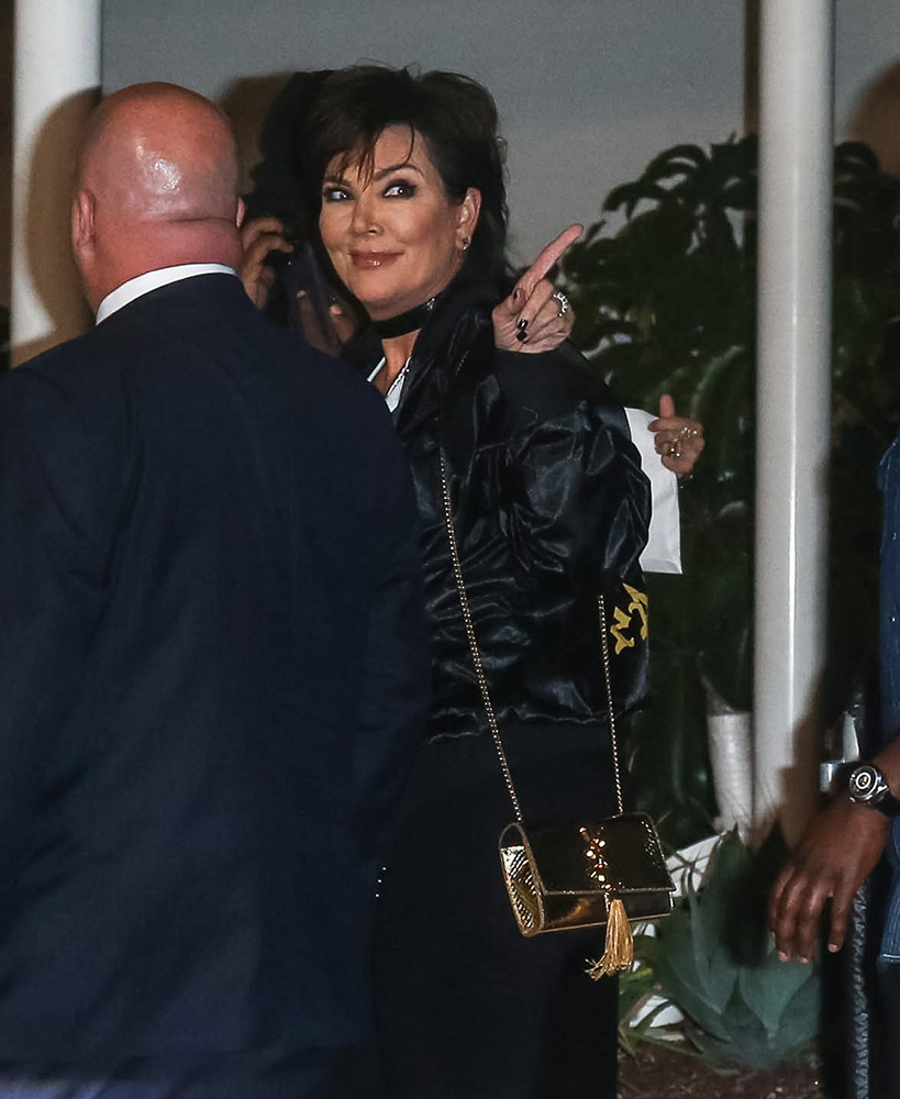 kris-jenner-saint-laurent-monogramme-mini-bag