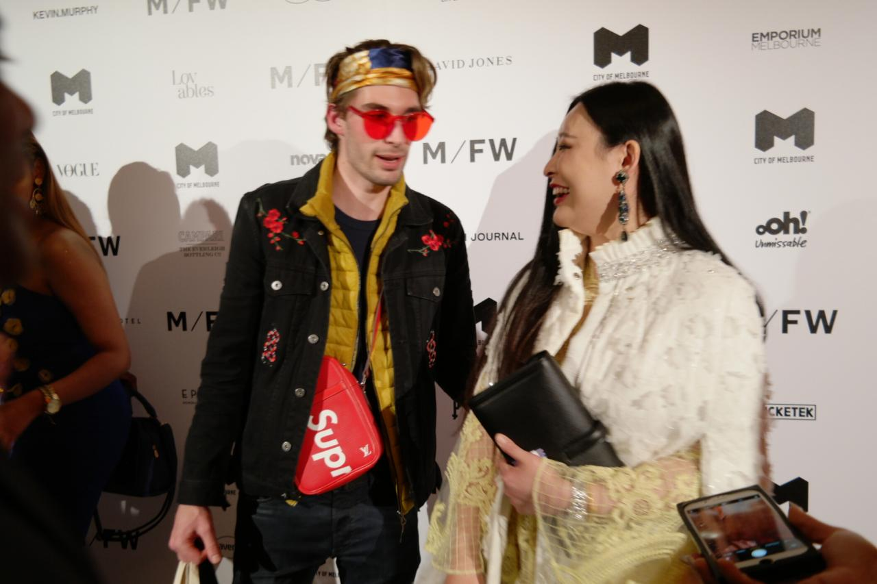 Front Row At Australia S Fashion Flash Mob Melbourne Fashion Week Blog For Best Designer Bags Review