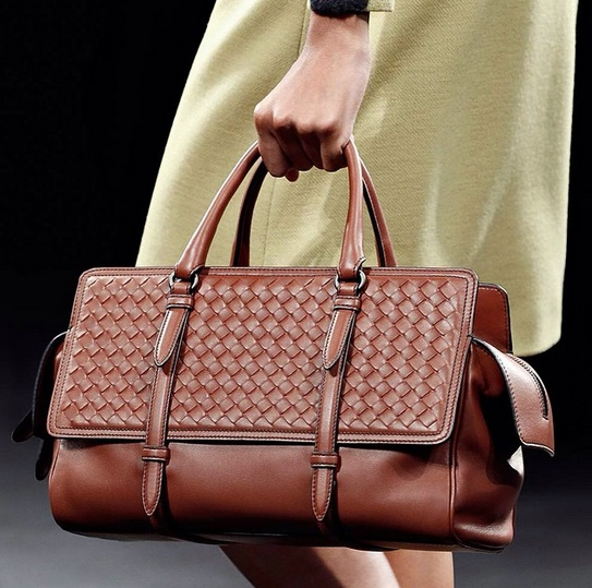 Reviewing Bottega Veneta Monaco Bag