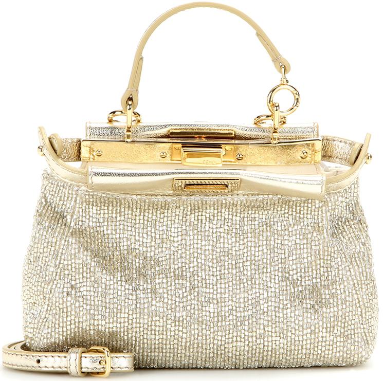 Reviewing Fendi Pouch Micro Peekaboo Shoulder Bag